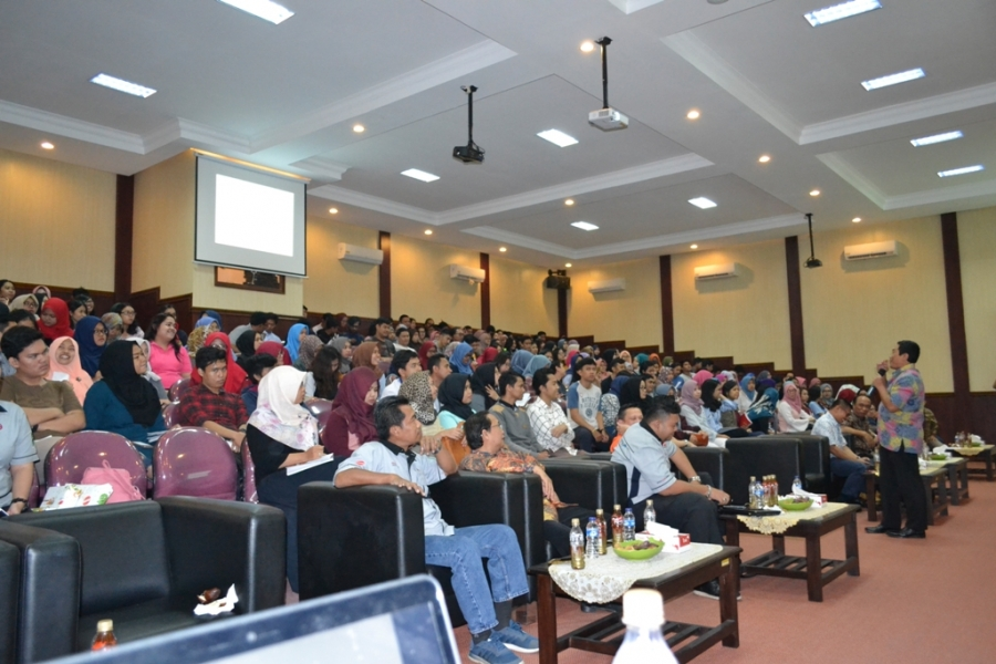 KULIAH UMUM KEWIRAUSAHAAN SOSRO INTERSHIP PROGRAM